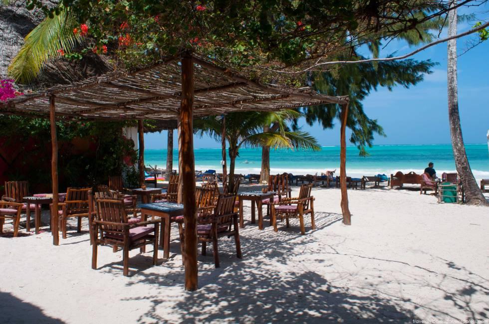 Africa-tanzania-zanzibar-beach   (1)